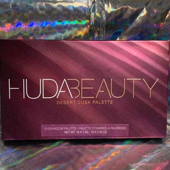 HUDA BEAUTY Other - HUDA Beauty Desert Dusk Palette BRAND NEW IN BOX